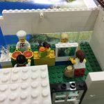 Un laboratori al pati de l'Escola